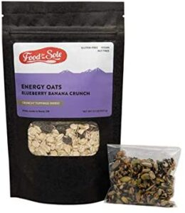 Food for the Sole Energy Oats // Simple lightweight vegan backpacking food ideas from breakfast to dinner. These are delicious, easy to prepare & require little cleanup.