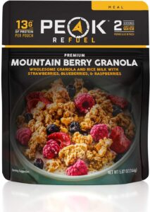 Peak Refuel Granola // Easy lightweight backpacking food ideas from breakfast to dinner. These are delicious, easy to prepare & require little cleanup.