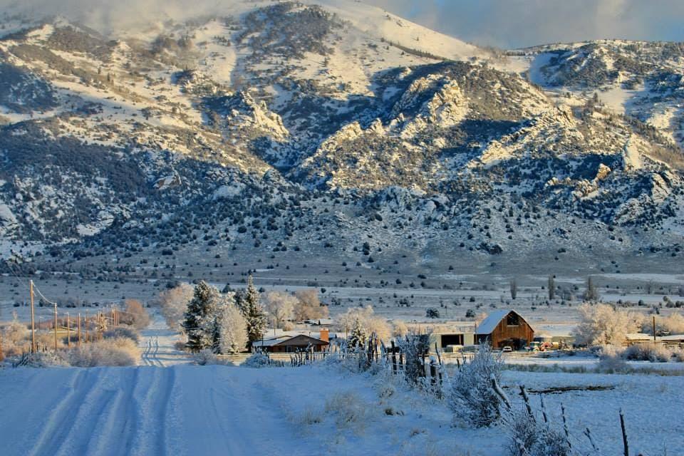 best-snowshoeing-destinations-Castle-Rocks-State-Park-idaho