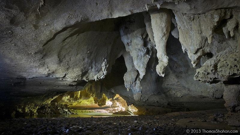 Footprint Cave - Belize travel