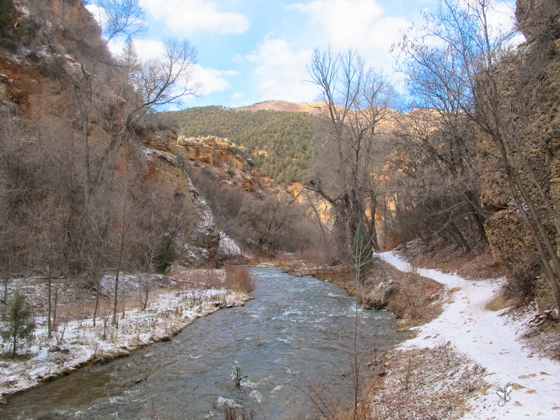 The trail leading to Diamond Fork Hot Springs