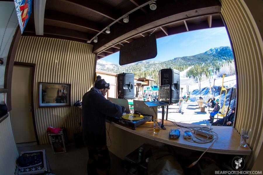 Tuesday DJ set at Las Vegas Ski and Snowboard Resort - 40 minutes from the Vegas Strip