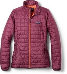 Patagonia Nano Puff Jacket // Learn what to wear skiing with this complete guide to skiing apparel including everything you need to be comfortable and warm on the slopes.