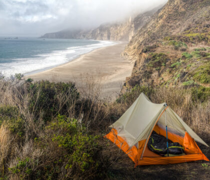 Learn about 12 of the best California beach campgrounds with tent/RV sites right on the coast in Northern, Central, and Southern California.
