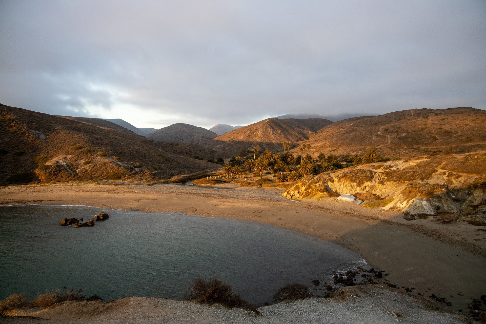 Little Harbor Campground on Catalina Island // Plan a backpacking trip on the Trans-Catalina Trail on Catalina Island with this trail guide with tips on the best campsites, water availability, gear & more
