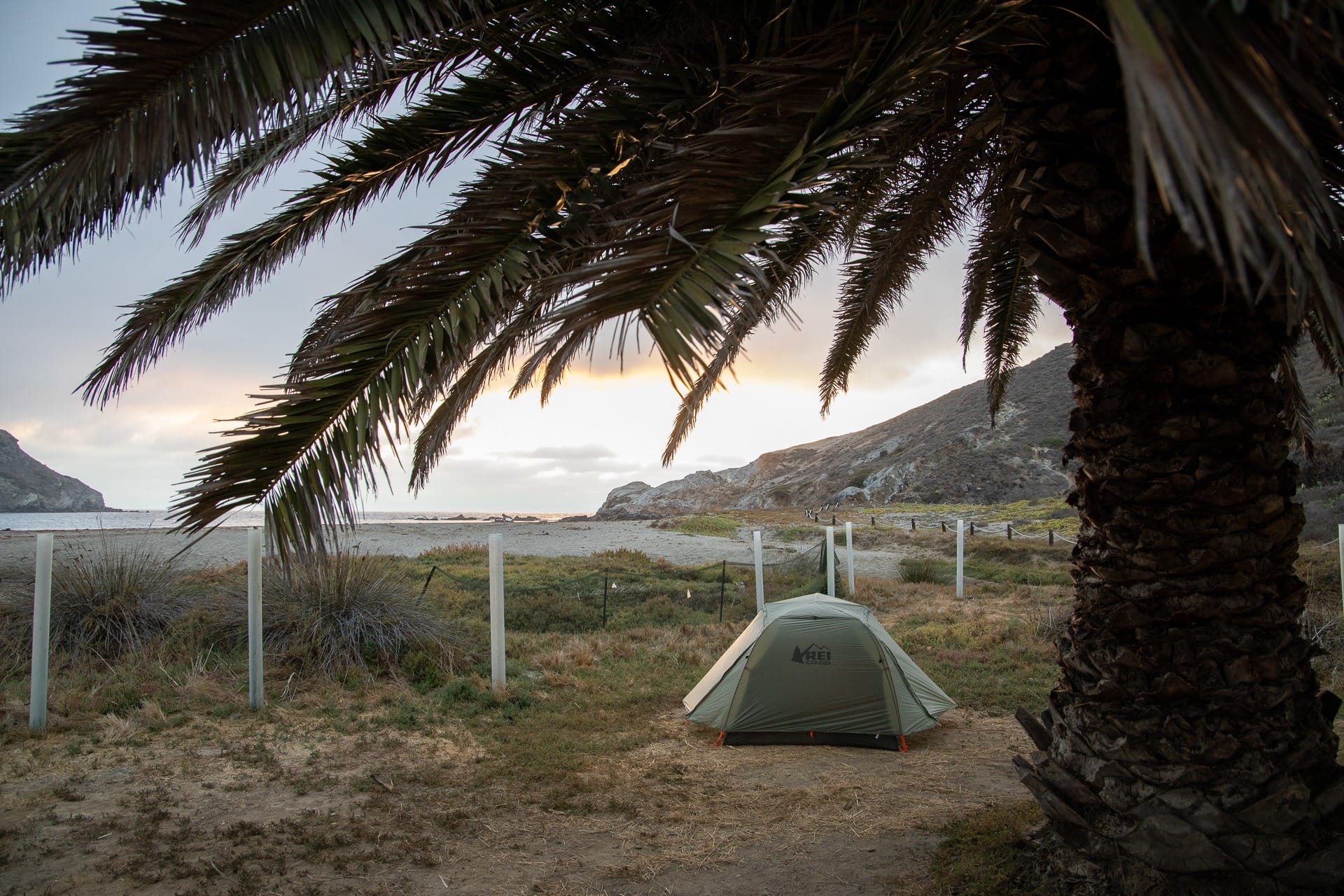 Little Harbor Campground // Plan a backpacking trip on the Trans-Catalina Trail on Catalina Island with this trail guide with tips on the best campsites, water availability, gear & more