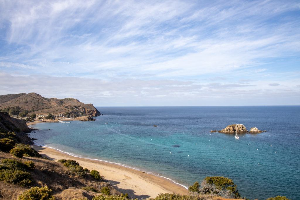 Emerald Bay / Plan a backpacking trip on the Catalina Island Trans-Catalina Trail with this guide including the best campsites, gear, water, and more.