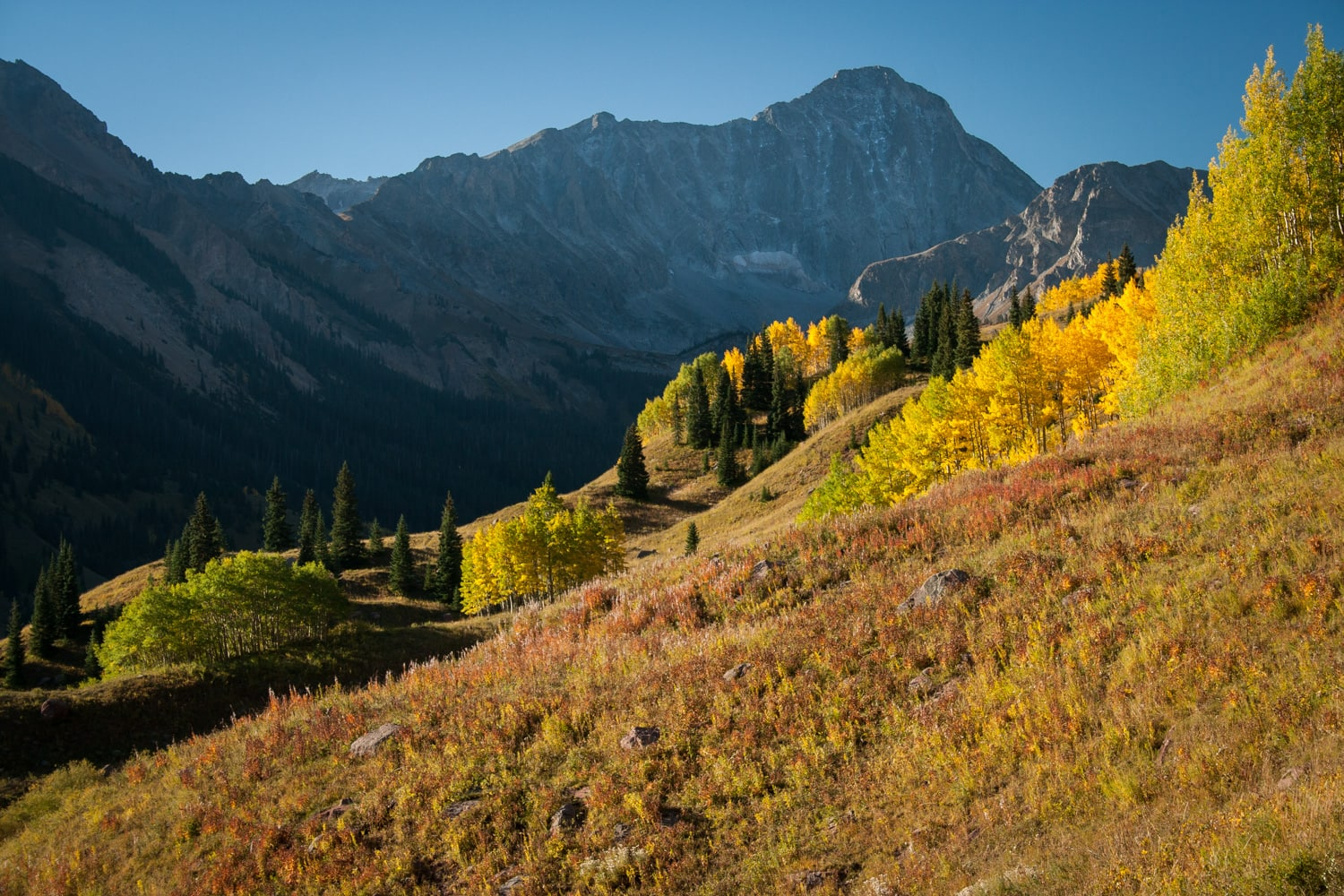 Capitol Ditch Trail - Experience the best fall colors in Colorado with this detailed road trip itinerary