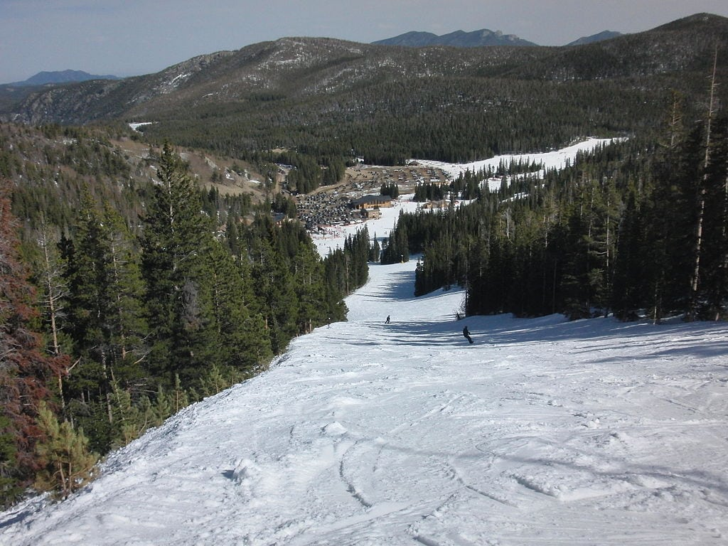 Looking for an affordable ski trip? Check out the Colorado Gem Resorts: Eldora Mountain Ski Resort