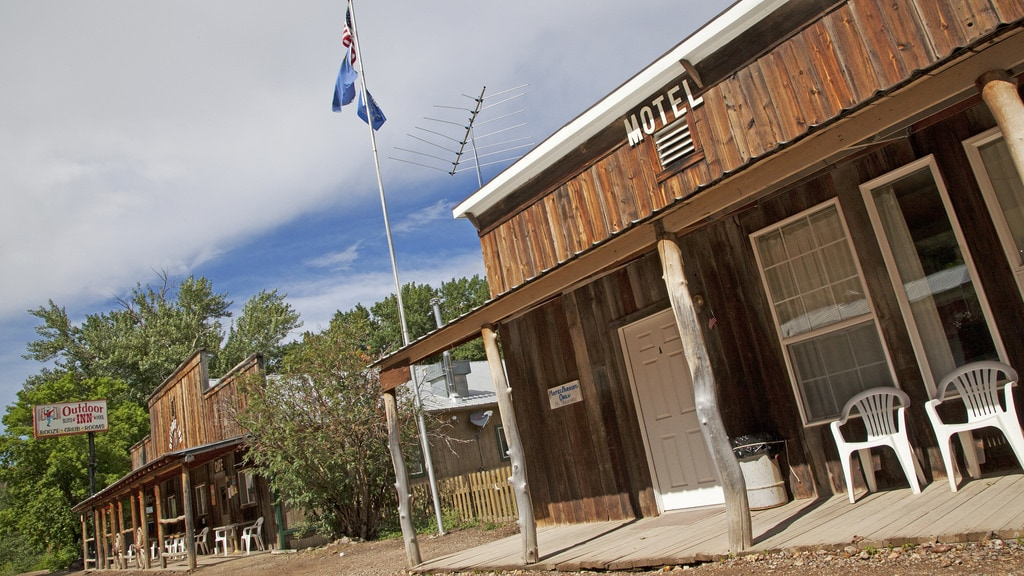 Jarbridge, Nevada (Elko County) / These Nevada ghost towns are the coolest in the state. Learn where to go & what to do with these Nevada Ghost Town travel tips.