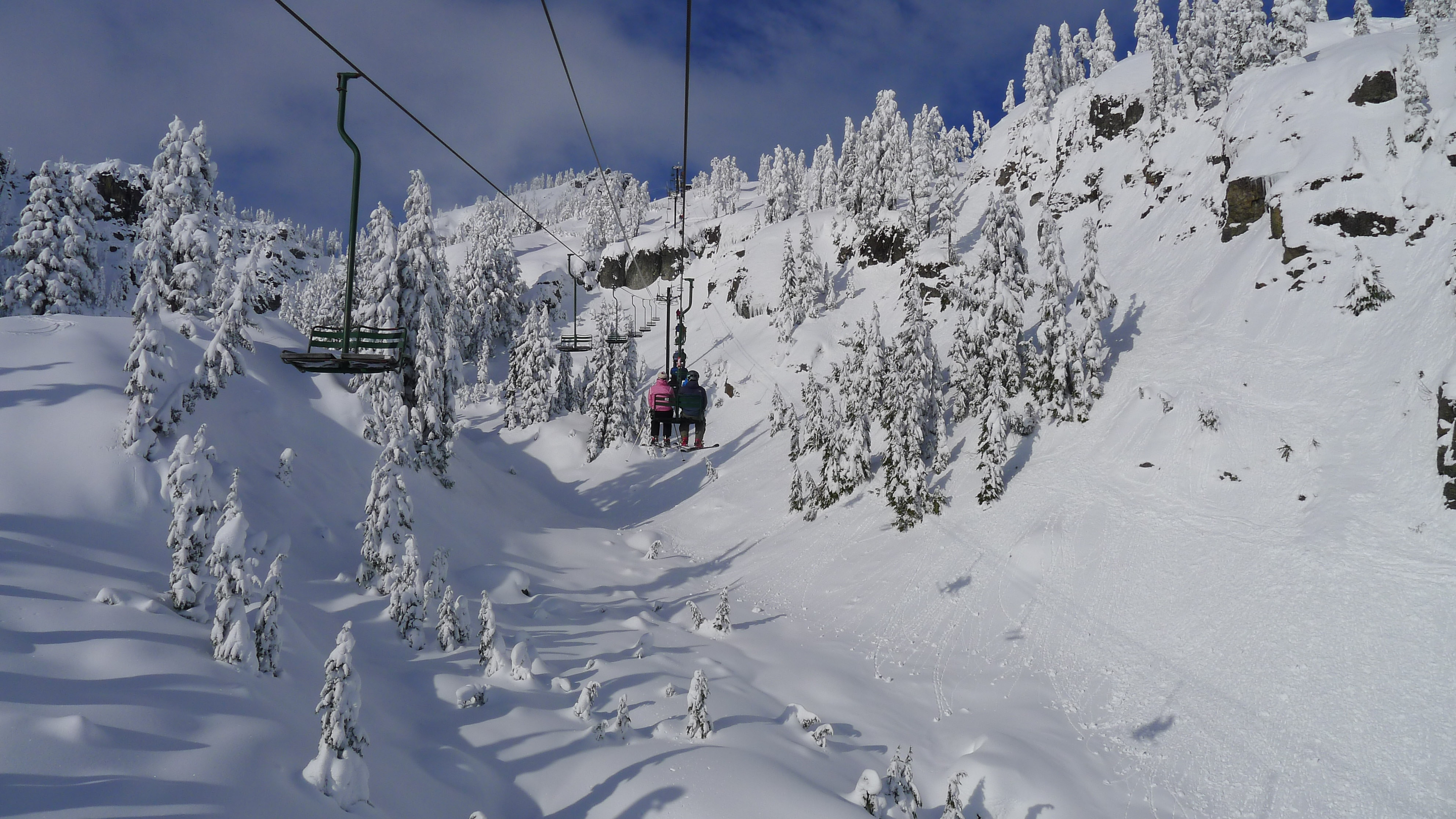 No need to worry about rippers and shredders whizzing by you at lightening speeds at Colorado's Copper Mountain where the green runs are on the complete opposite side of the mountain as the black diamonds.