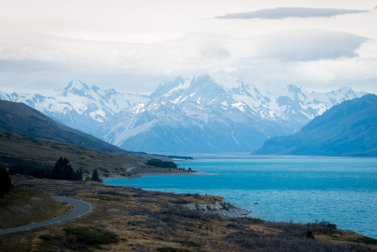 Lake Pukaki and the view of Mount Cook