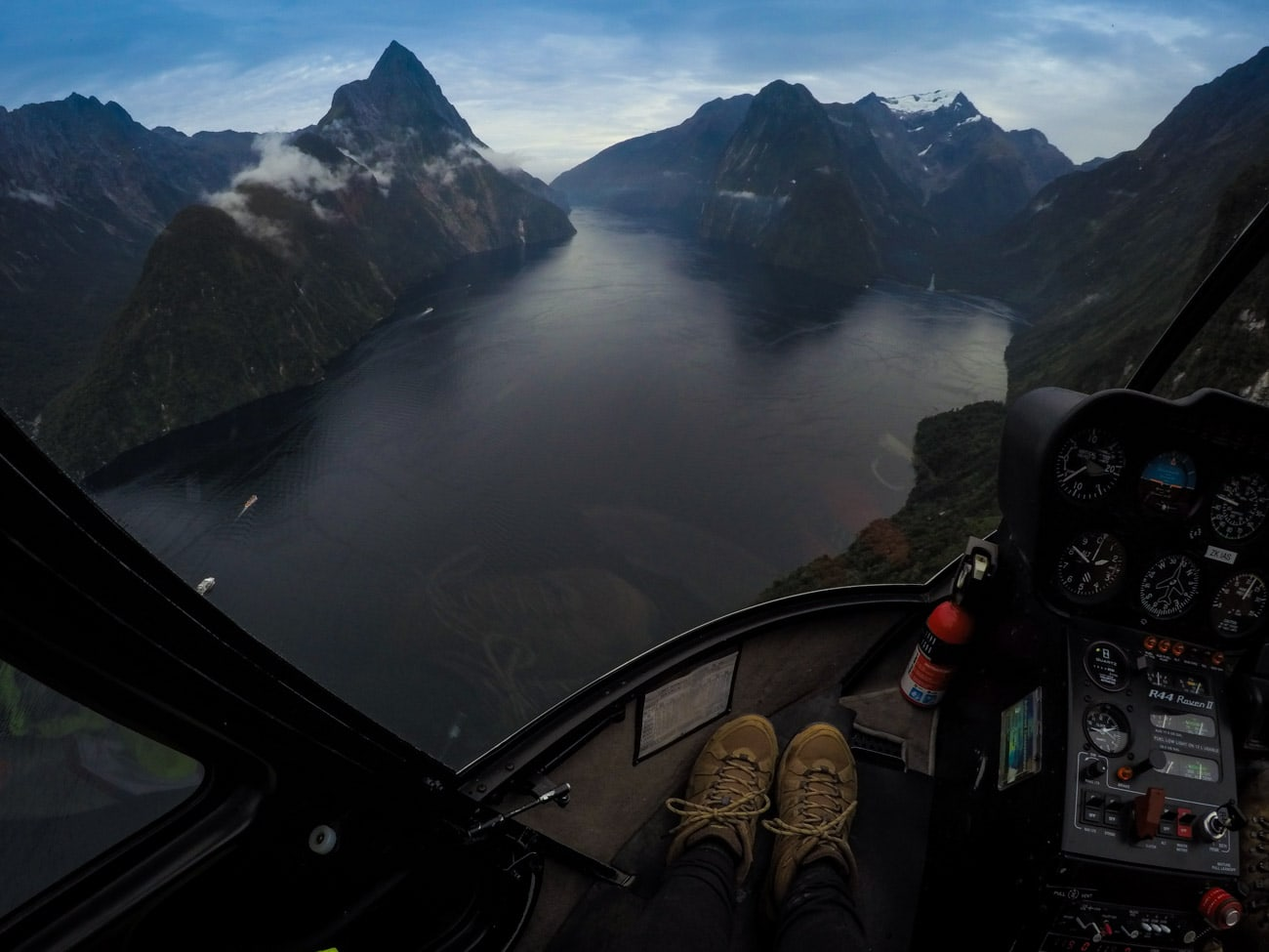 Flying above New Zealand's Fiordlands National Park and Milford Sound with Te Anau's Southern Lakes Helicopters