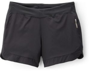 REI Active Pursuits Hiking Shorts // An essential clothing item that makes our 3-day backpacking checklist