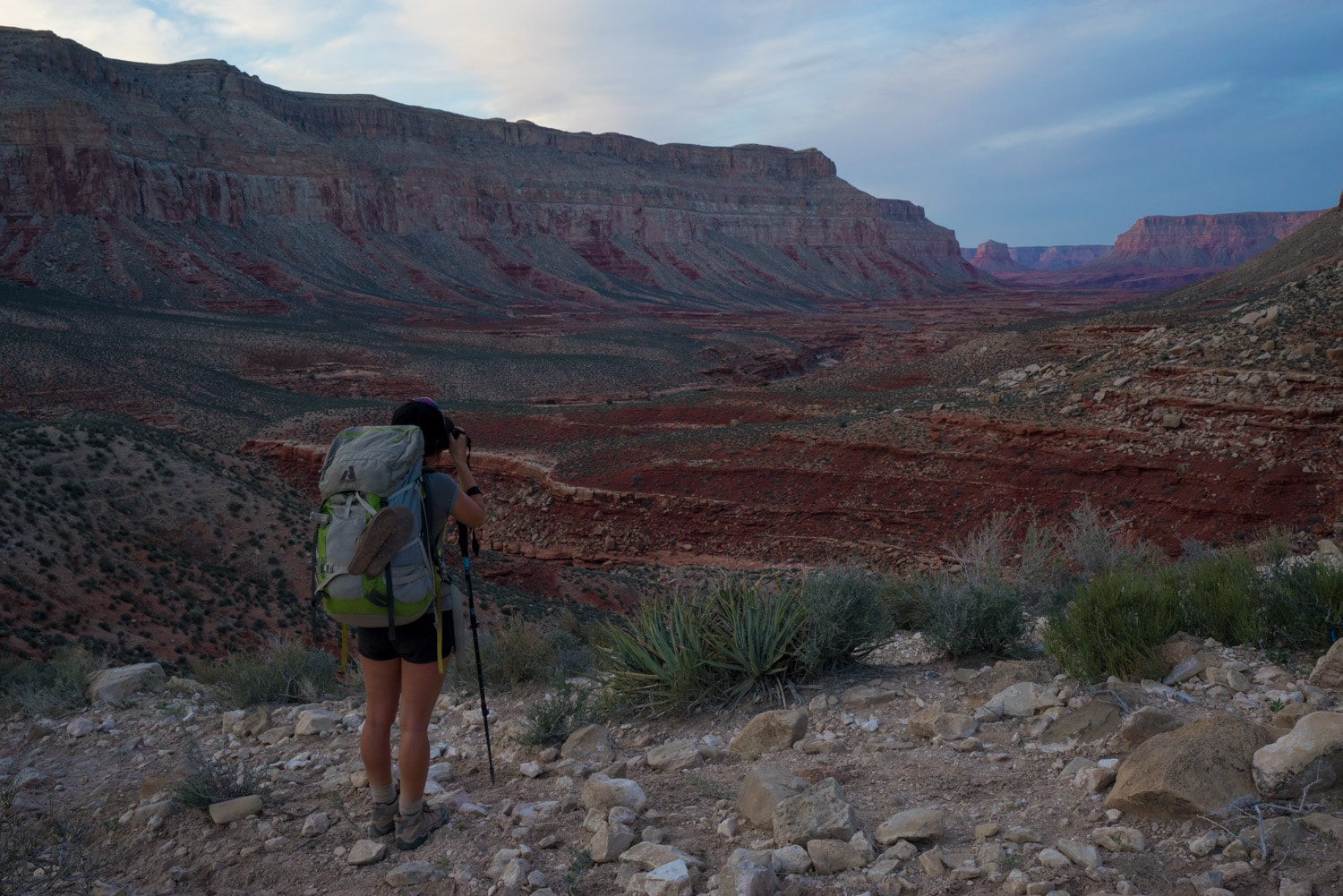Prepare for your southwest adventure with these desert backpacking tips! Learn where to go, what gear you need, and advice for having fun & being safe // Backpacking to Havasu Falls