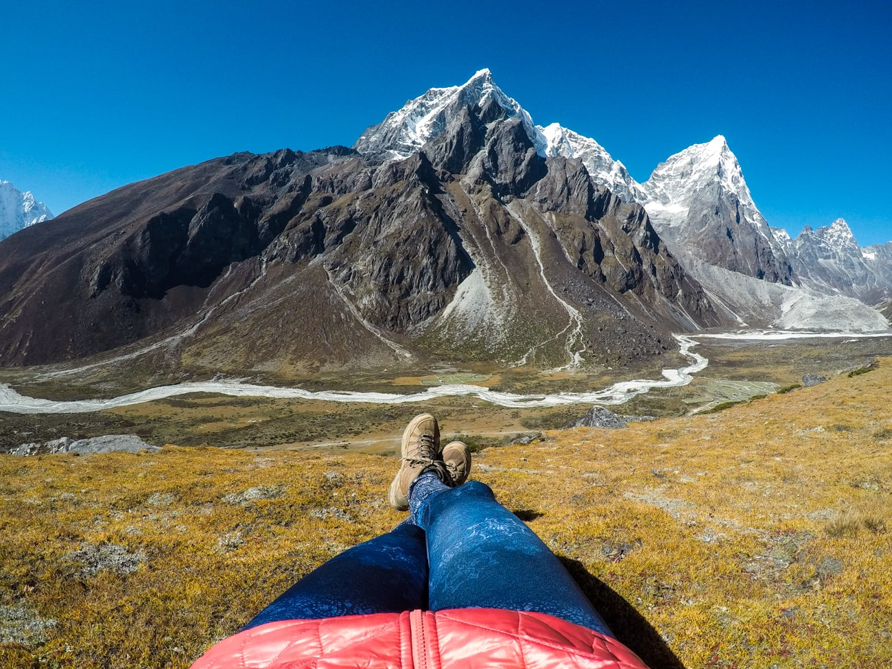 Everest base camp photos - Tabouche and Cholatse peaks while trekking from Dingboche to Lobuche