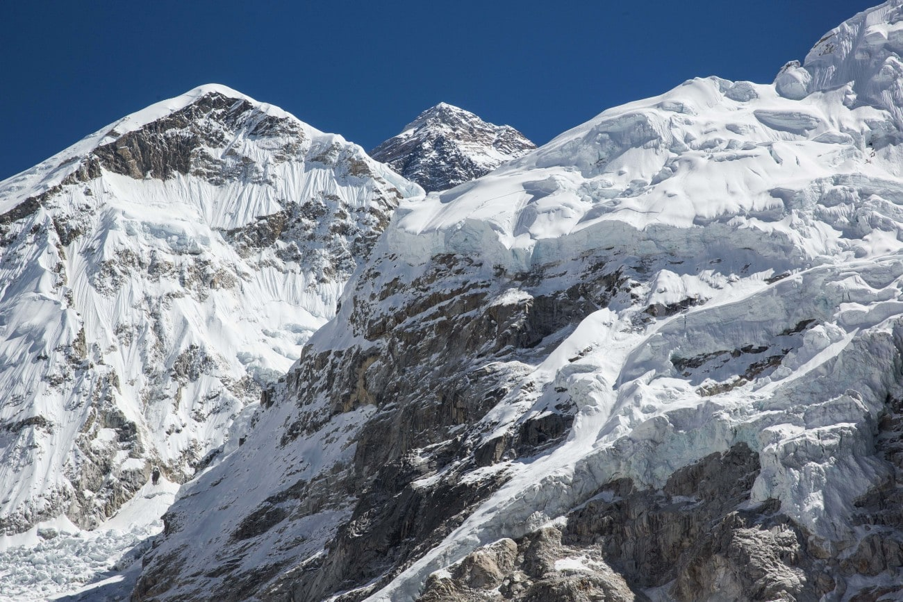 Views of Mount Everest from the trail above Gorak Shep