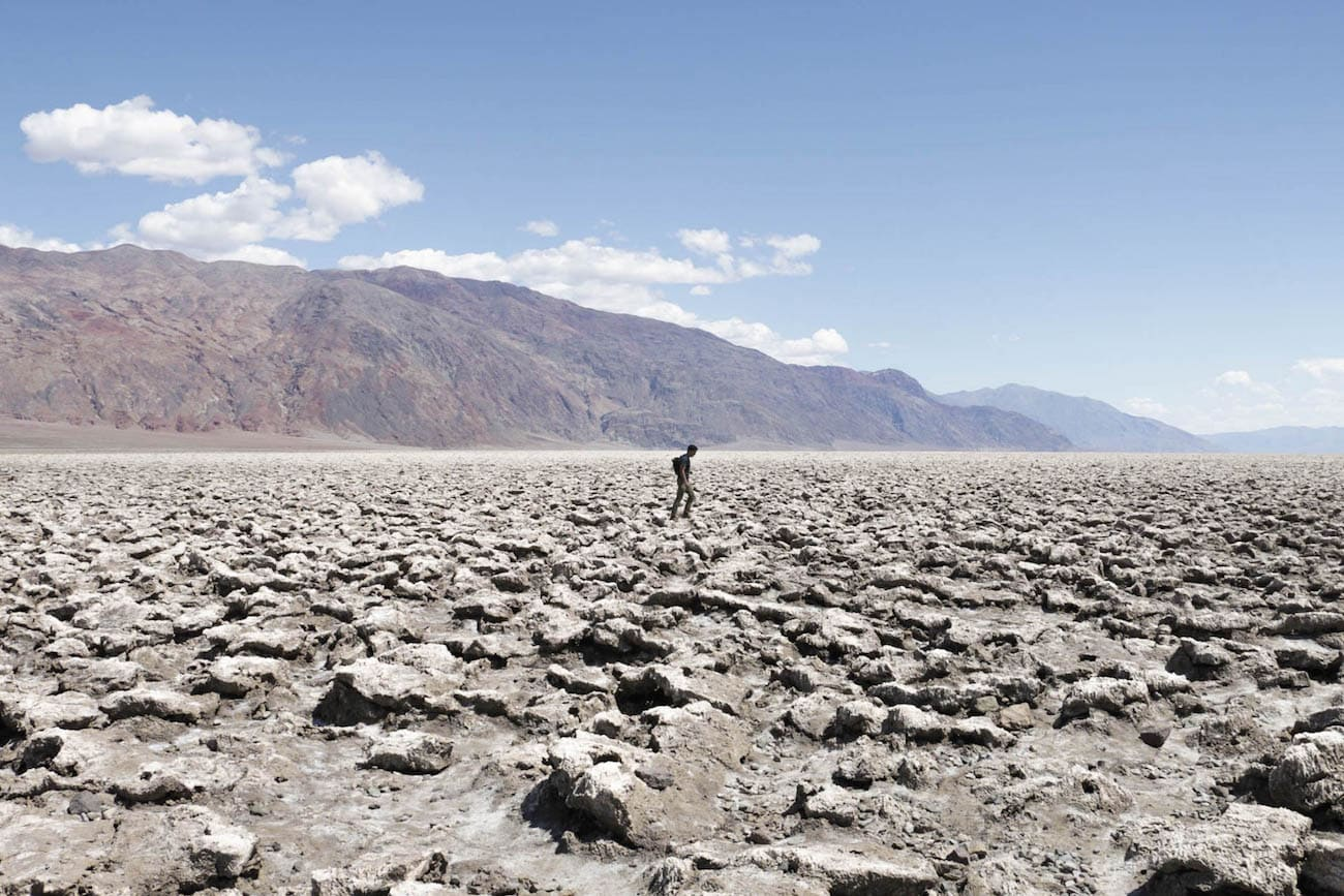 Devil's Golf Course // Experience the best attractions in Death Valley National Park like sand dunes and salt flats with this 3-day Death Valley itinerary.