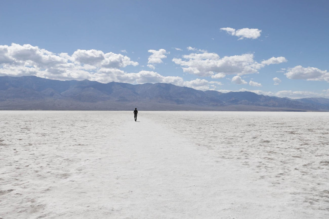 Badwater Basin // Experience the best attractions in Death Valley National Park like sand dunes and salt flats with this 3-day Death Valley itinerary.