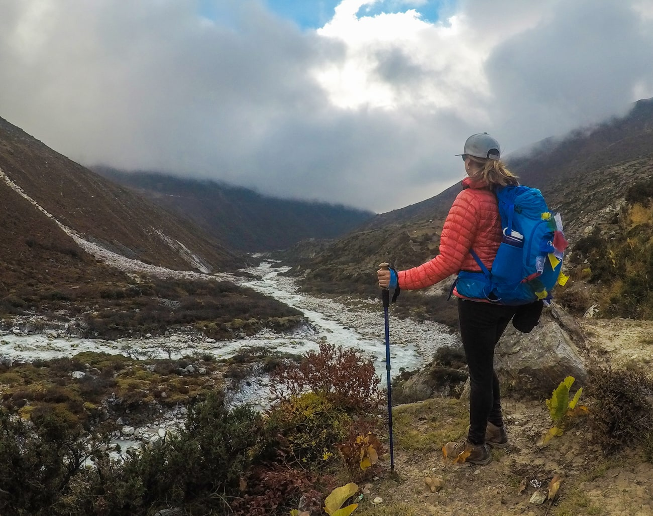 Learn how to choose the best daypack for hiking & get our favorite pack recommendations with tips for finding the right fit, capacity & technical features.