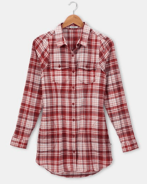 Outdoorsy gifts that give back: Toad & Co Lightfoot Tunic