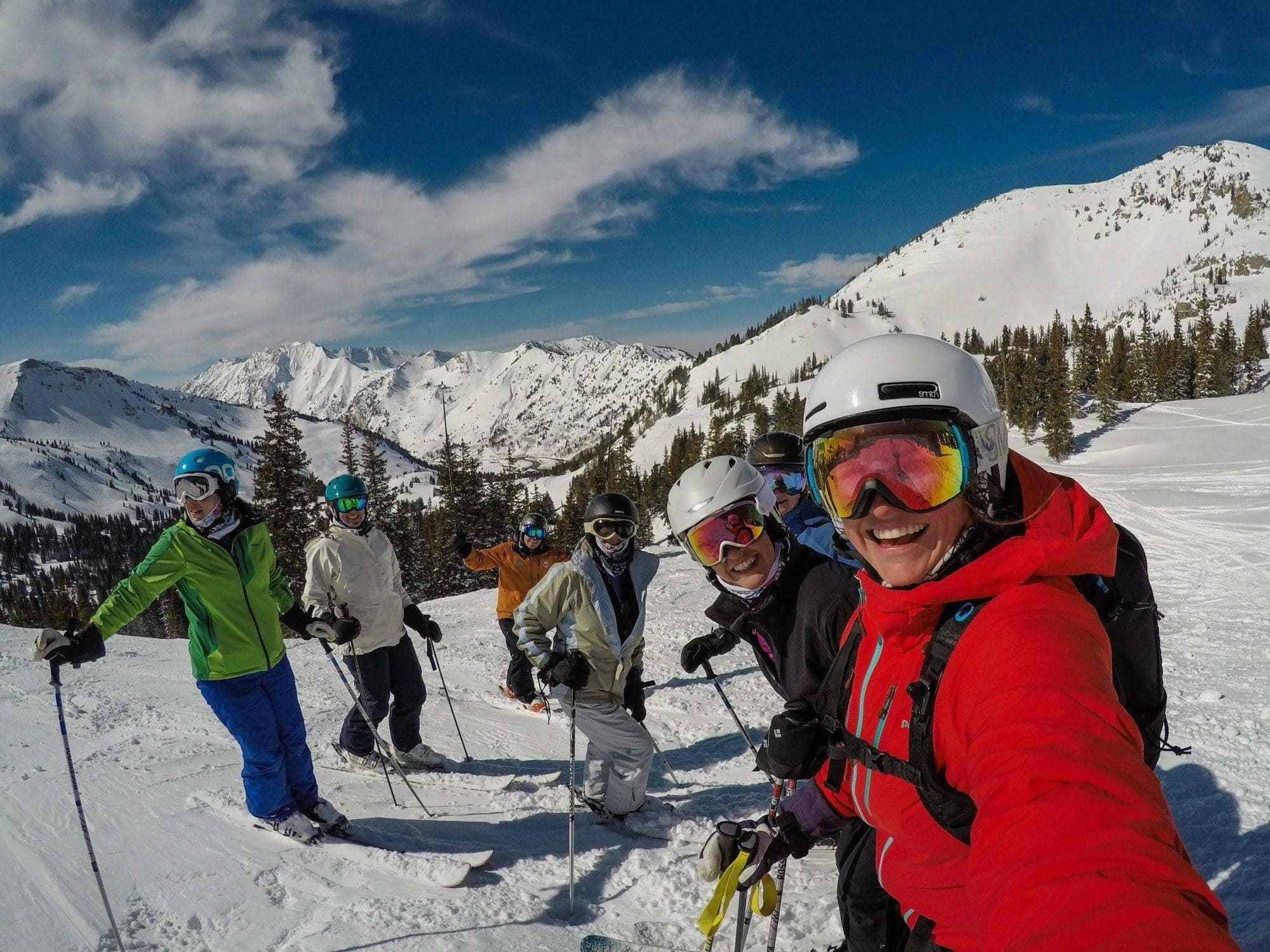 Learn how to ski this winter with these top 10 beginner skier tips for adults. Find advice on gear, technique & form, lessons & more!