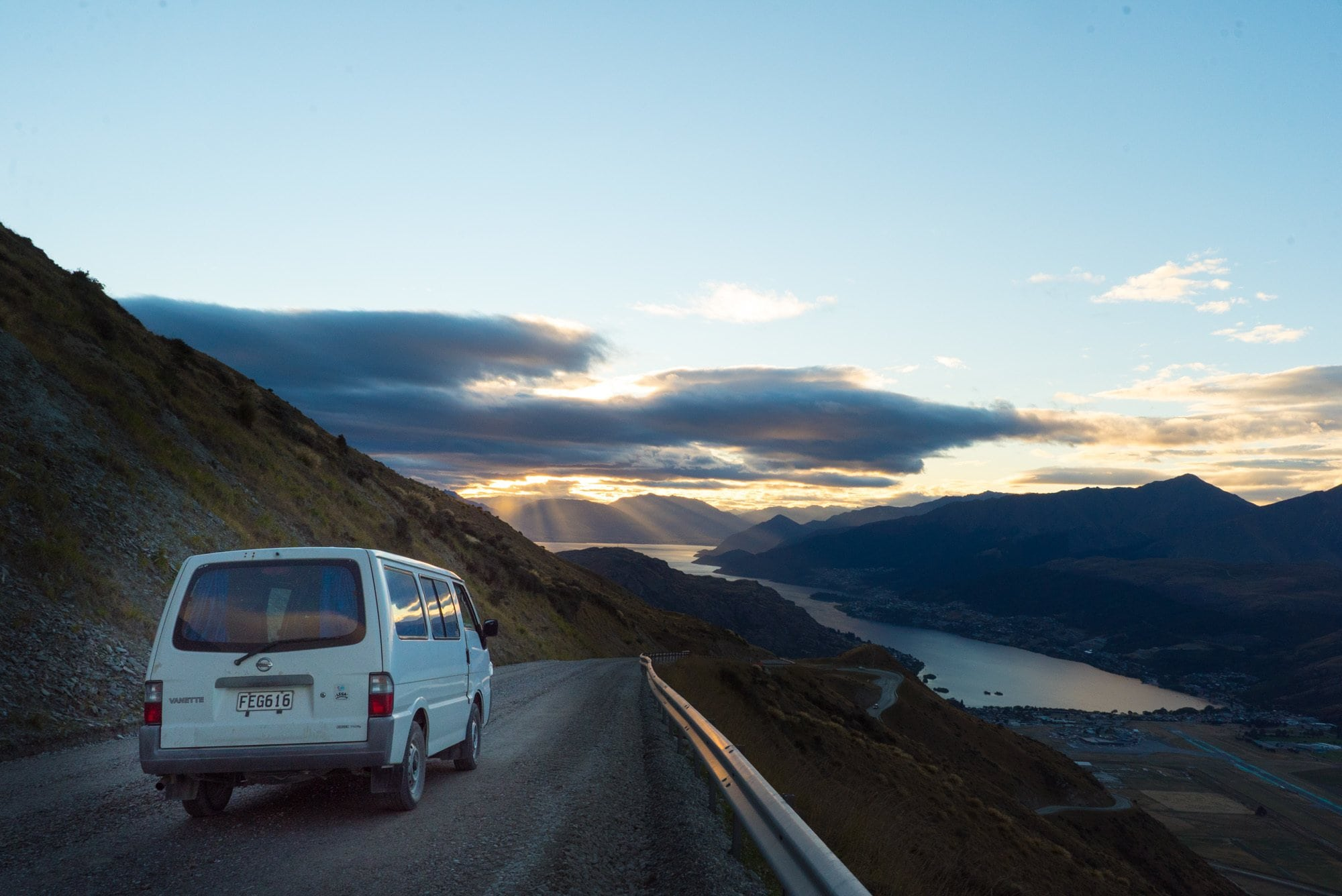 7 Reasons a Campervan is the Best Way to Travel Around New Zealand