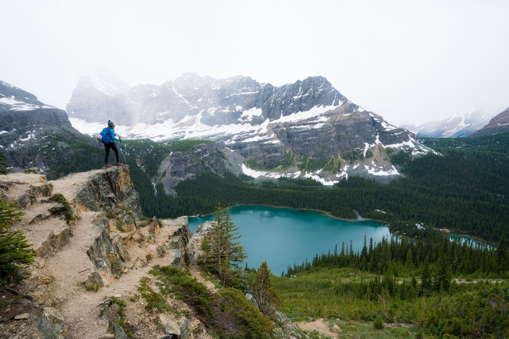 Wiwaxy Gap // Four days at Lake O'Hara was the highlight of my Canadian Rockies trip. Get my detailed hiking & camping guide to this British Columbia National Park.