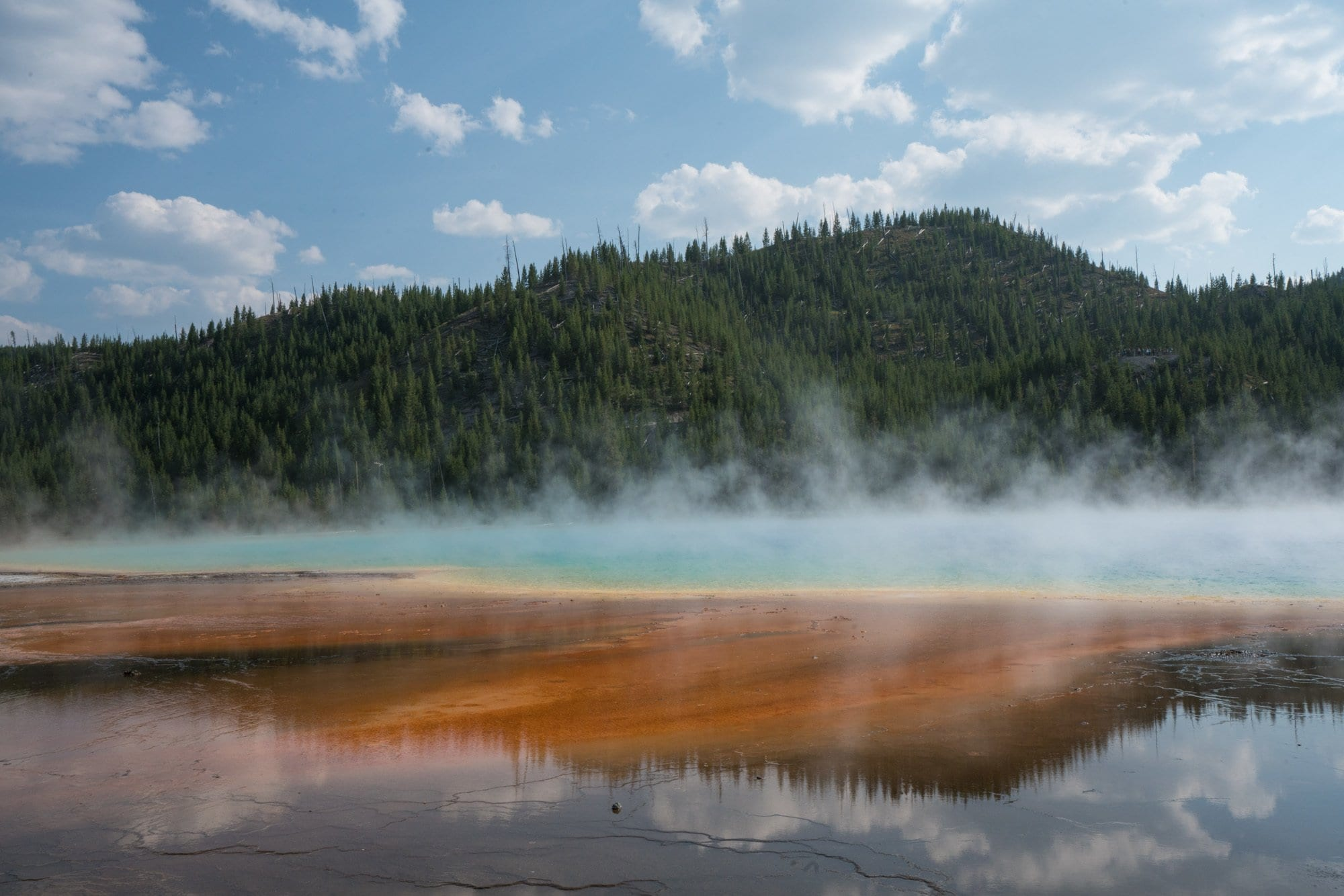 Ultimate Guide to Yellowstone Campgrounds & Lodging