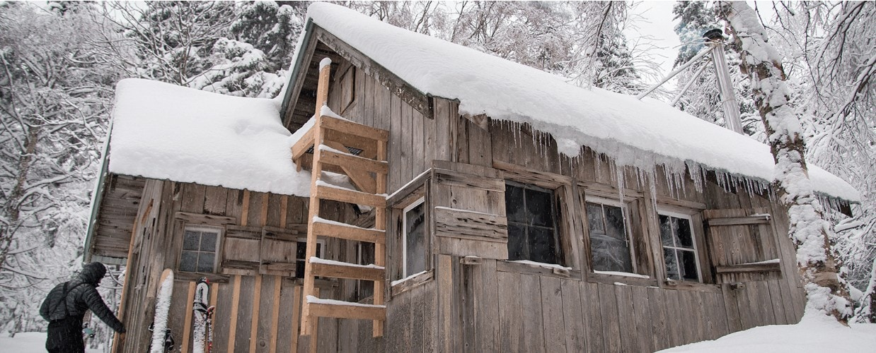 Bryant Camp, Vermot // Plan a fun and cozy getaway to one of these winter backcountry huts that are accessible via snowshoeing, cross-country, or backcountry skiing.