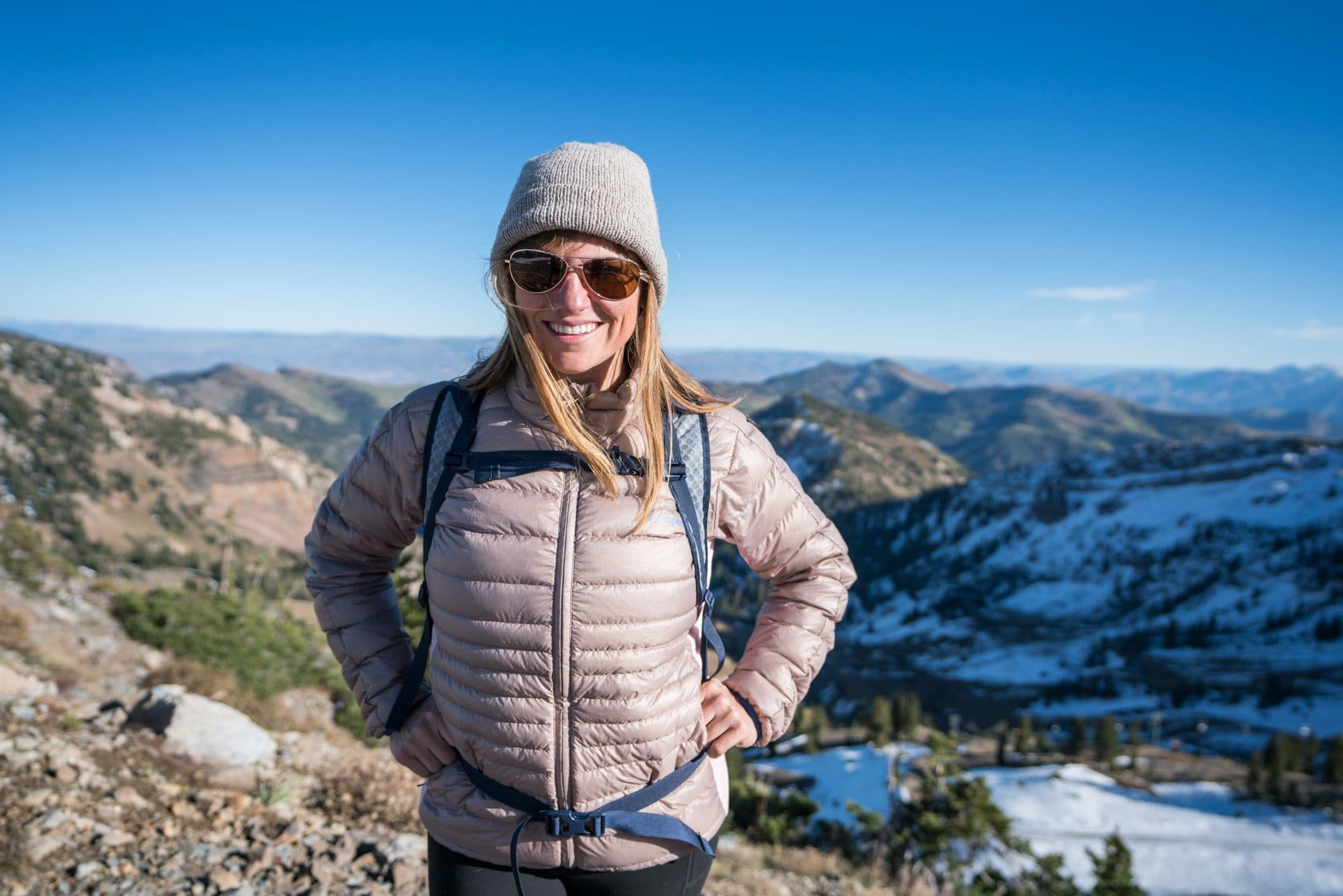 REI 18 Liter Flashpack // Read my gear review of the best travel bags by REI that offer durability, smart design and function, while being priced lower than competing outdoor brands.