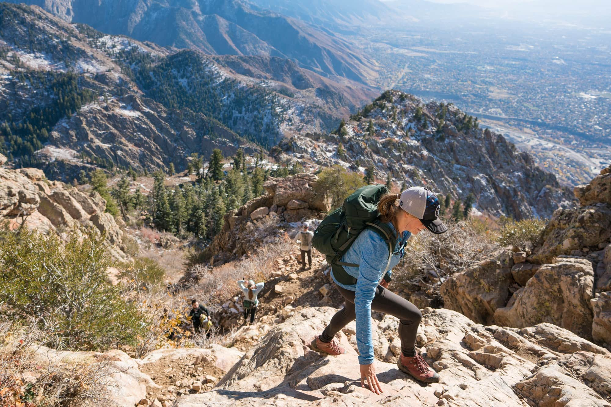 REI Travel Rucksack // Read my gear review of the best travel bags by REI that offer durability, smart design and function, while being priced lower than competing outdoor brands.