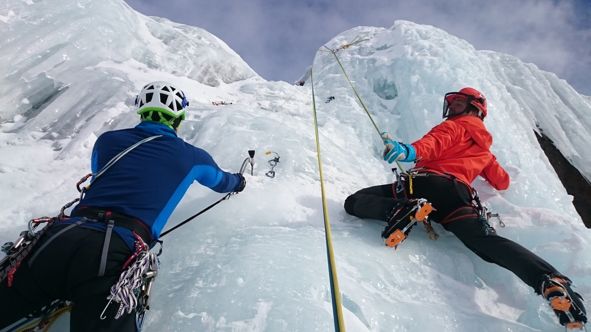 Ice Climbing // From hot springing to dog sledding to skijoring, plan an adventurous vacation to Montana in winter with these 8 outdoor winter activities.