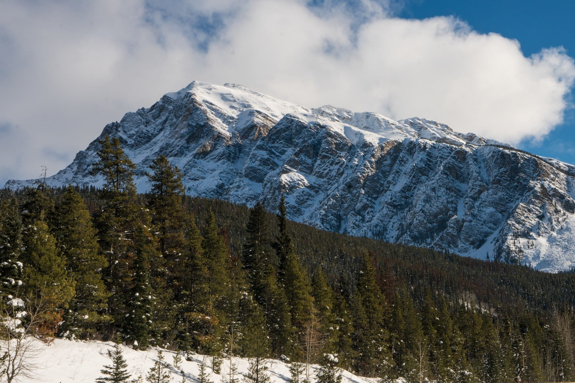 Icefields Parkway - Visit Jasper in Winter