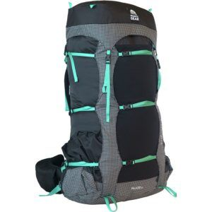 Granite Gear Blaze Pack // Get the scoop on the best backpacking backpacks for women that are comfortable and lightweight and learn how to choose the best pack for you.