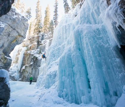 Plan the ultimate winter getaway in the Canadian Rockies. This 4-day Jasper National Park winter itinerary gives you an adventurous day-by-day plan, including skiing at Marmot Basin, dog sledding, fat biking, the Maligne Canyon Icewalk + info on how to get to Jasper, the best restaurants & where to stay.