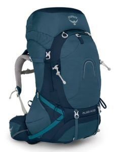 Osprey Aura Pack // Get the scoop on the best backpacking backpacks for women that are comfortable and lightweight and learn how to choose the best pack for you.