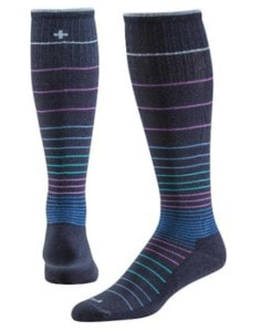 Compression socks to prevent hiking knee pain
