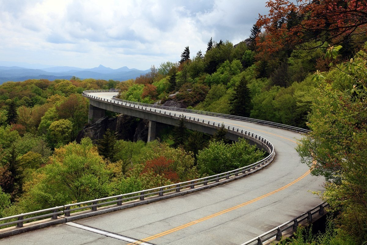 The Blue Ridgeway Parkway is the quintessential east coast road trip