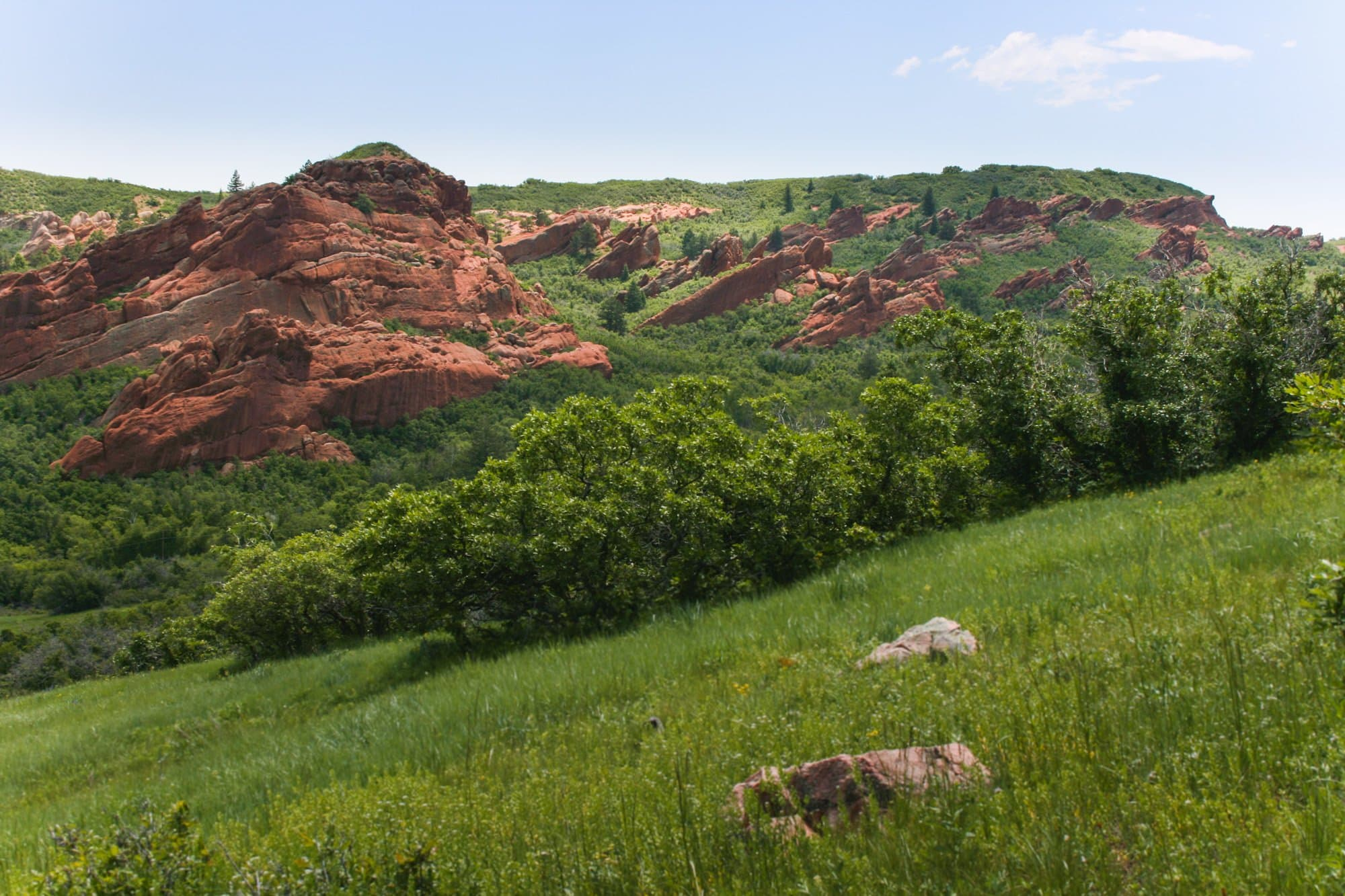 Roxborough State Park // Don't wait until the high elevation snow melts to start hiking in Colorado this summer. here are 5 Colorado spring hikes in the Front Range that are perfect for mud season.