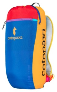 Cotopaxi Luzon Del Dia // Check out the best hiking daypacks for women including our personal favorites and get tips for finding the right fit, capacity & technical features.