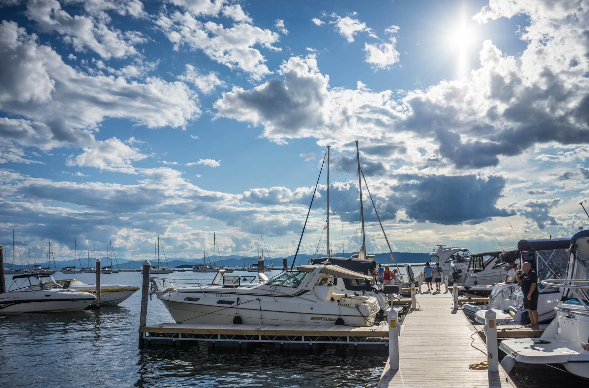 Heading to Vermont? Here is the ultimate 3-day Lake Champlain itinerary for the best places to see, things to do & where to explore around Burlington.