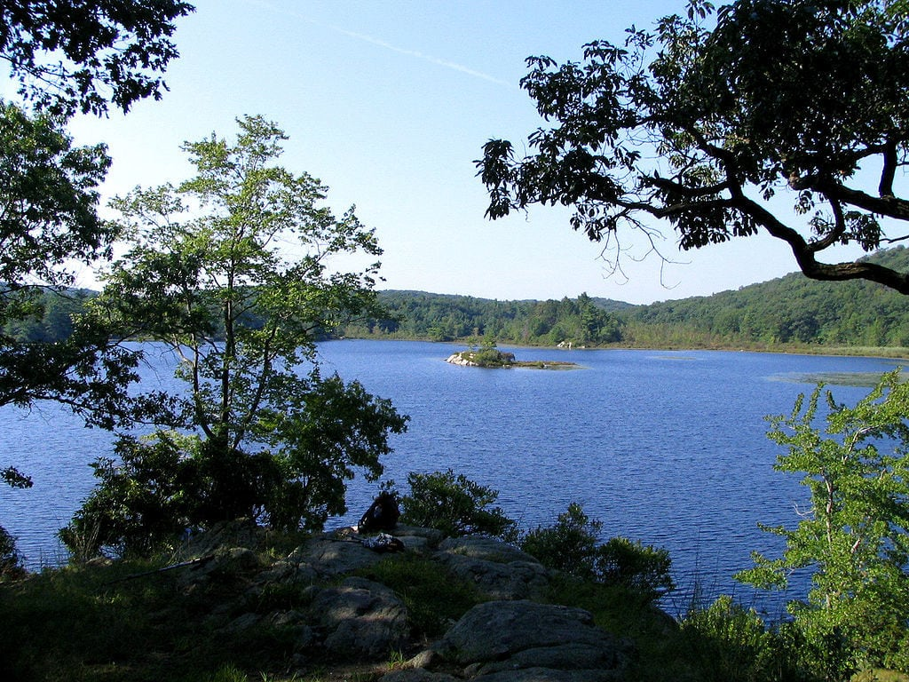 Harriman State Park is New York state's second largest park with over 200 miles worth of on trail and backcountry hiking, camping and boating. Plan your visit to the park with our ultimate guide to Harriman State Park, New York.