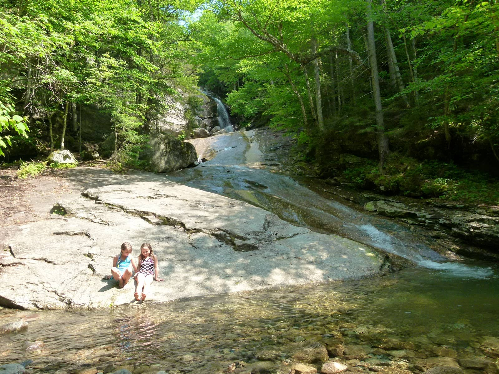 From alpine cascades to hidden waterfalls, explore these 5 scenic waterfall hikes in the White Mountains of New Hampshire.