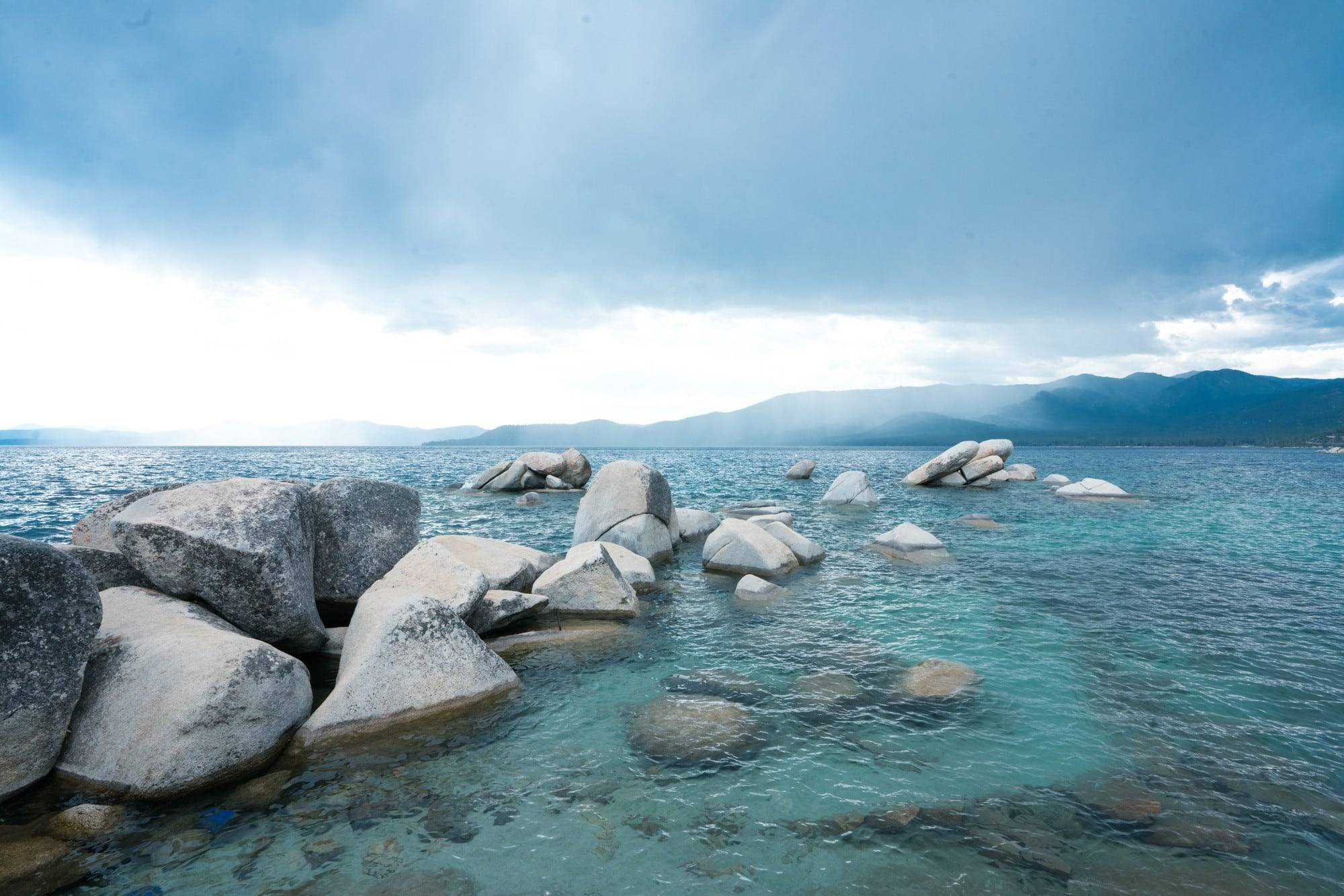 Sand Harbor State Park // Planning an adventure-packed vacation to Lake Tahoe? Here are 12 of the best things to do around Lake Tahoe for the outdoor enthusiast.