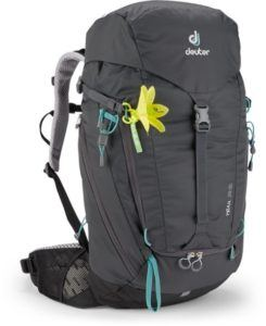 Deuter Trail 28 SL // Check out the best hiking daypacks for women including our personal favorites and get tips for finding the right fit, capacity & technical features.