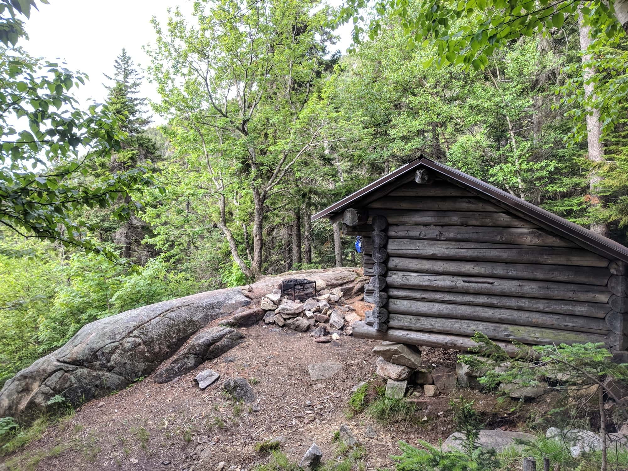 Your guide to backpacking the piper trail and carter ledge loop to Mount Chocorua in the White Mountains of New Hampshire.