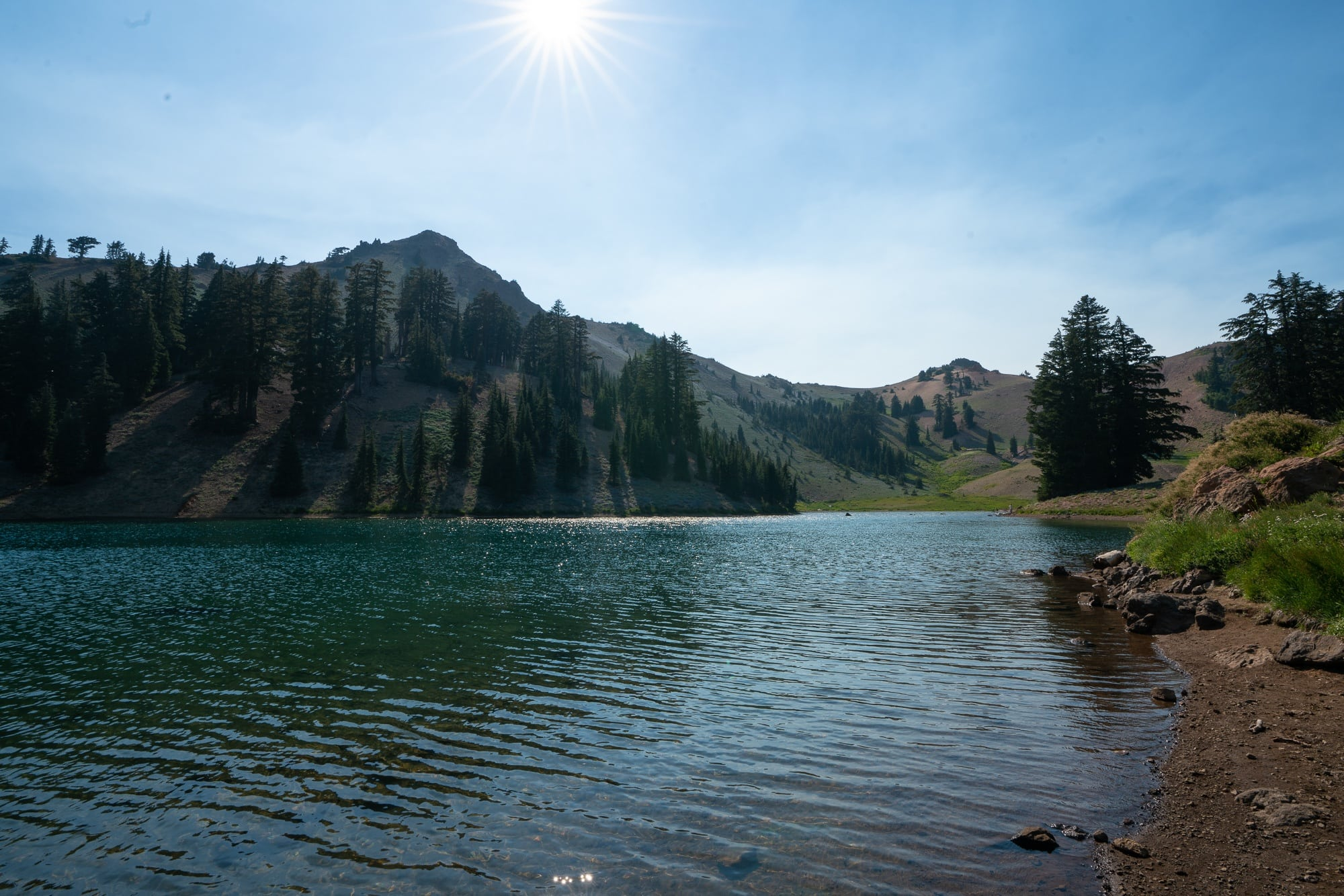Ridge Lakes // Plan your Lassen National Park hikes with our roundup of the best hikes, including boiling hot pots, alpine lakes, and big summits.