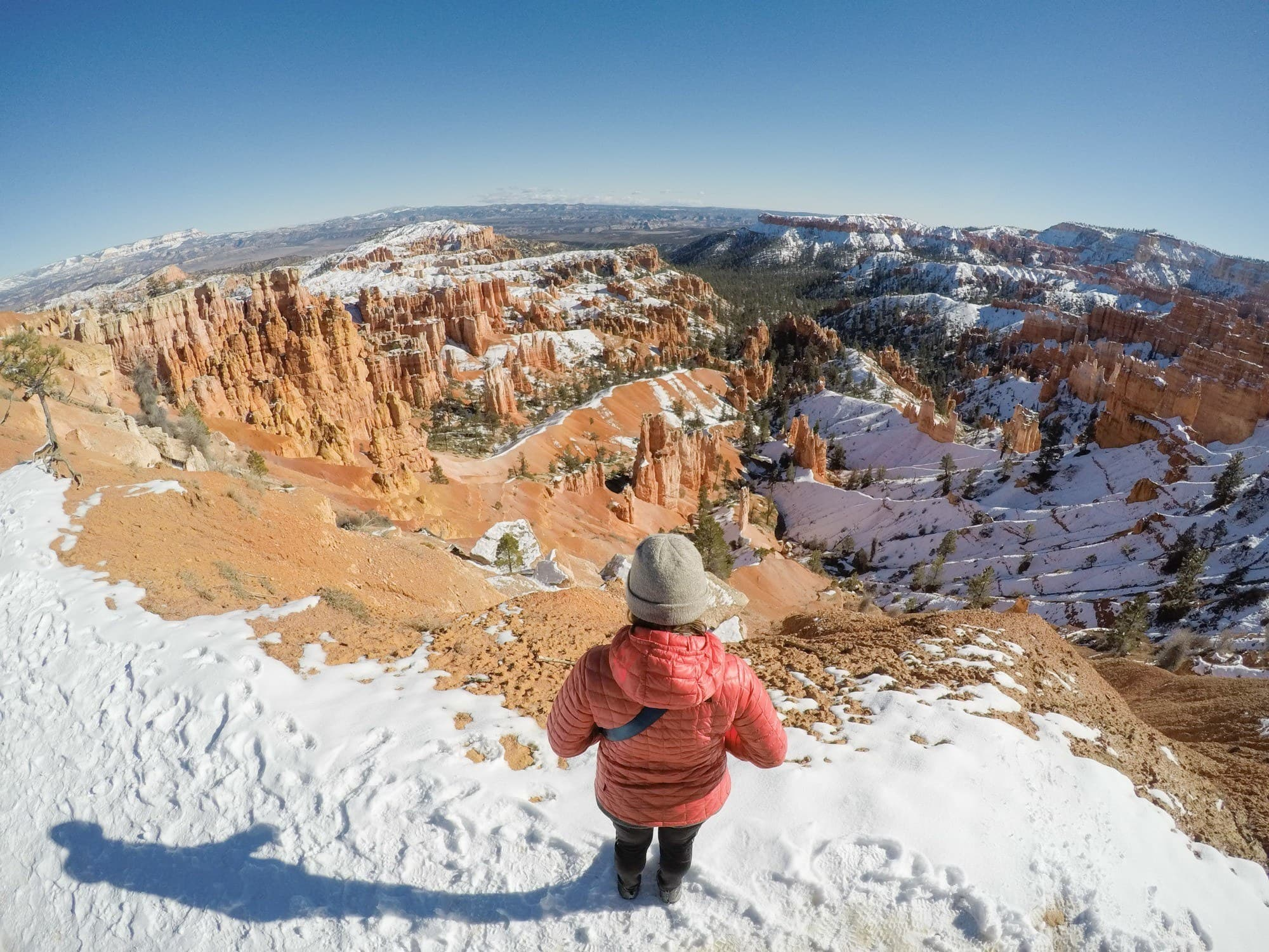 Planning a trip to busy and popular National Park? Here are tips and tricks to beat the crowds and have an enjoyable visit in overcrowded National Parks.