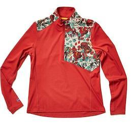 Best gifts for Outdoor Women // Janji Transit Tech Meridian Half-Ziplong sleeve top